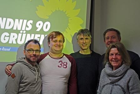 Der Kandidat umringt vom Stadtverbandsvorstand (v.l. Martin Buchholz, Martin Breitenstein, Manfred Fiedler, Holger Schelte, Ursula Mintrop)