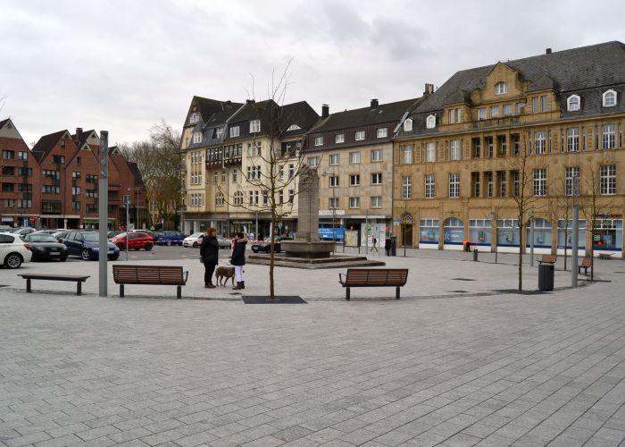 """Marktplatzfrage: Basta Politik der """"GROKO"""""""